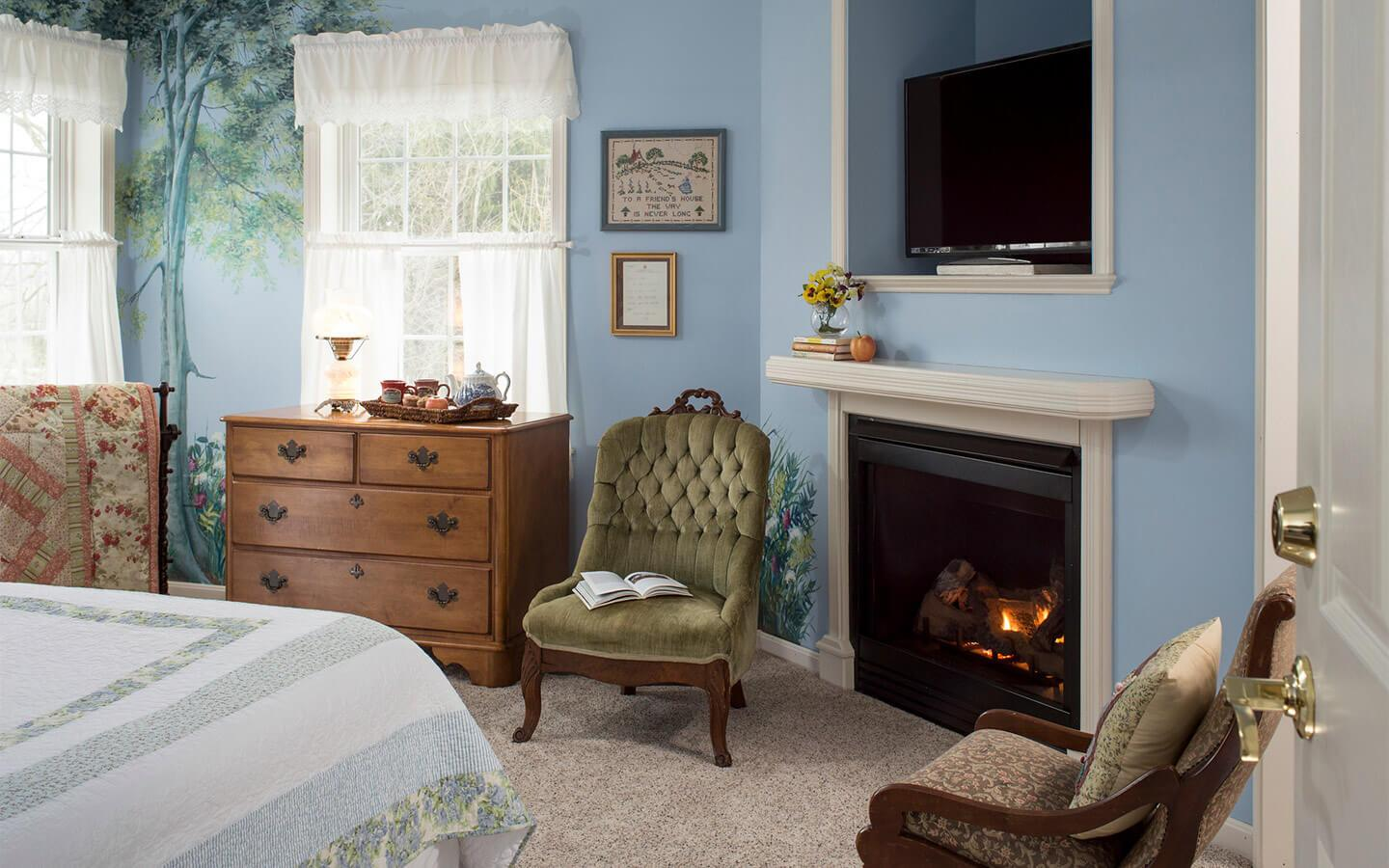 The Sea Gift Room is perfect for a romantic getaway in Pennsylvania