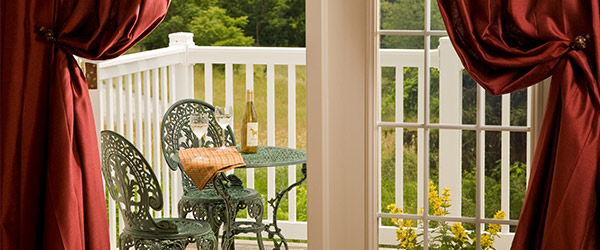 Romantic balcony perfect for a honeymoon in PA